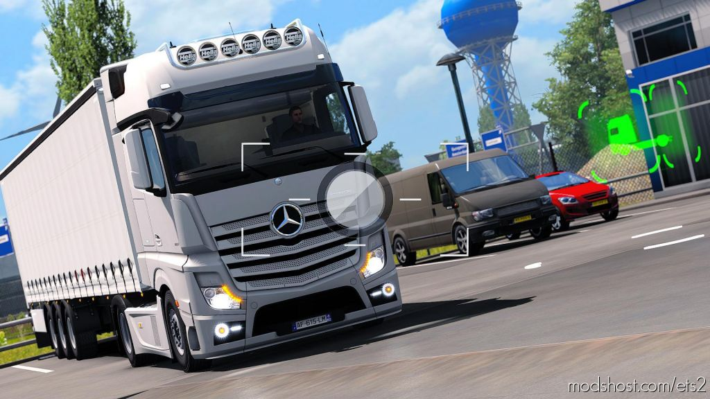 Mercedes Benz Actros Custom Headlights 1.35.X for Euro Truck Simulator 2
