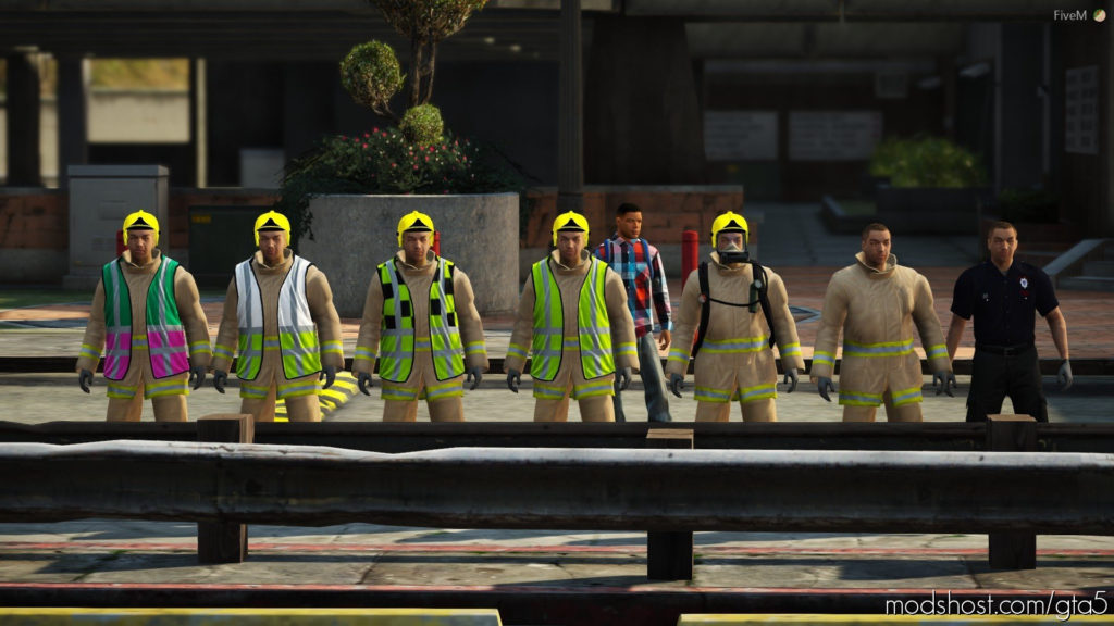 Royal Berkshire Fire & Rescue Service Firefighter Uniform for Grand Theft Auto V