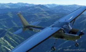 C152 Shiny Bare Metal Livery for Microsoft Flight Simulator 2020